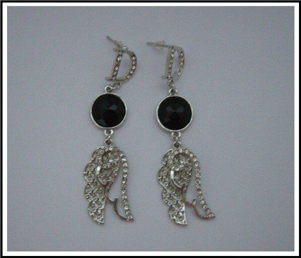 E44 Angel Wing Earrings With Rhinestone