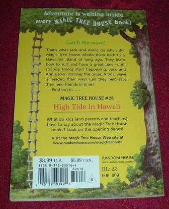 Paperback Magic Tree House 28 High Tide In Hawaii