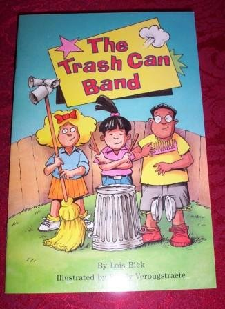Paperback - The Trash Can Band