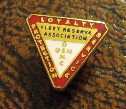 VINTAGE USN USMC FLEET RESERVE ASSOCIATION PIN