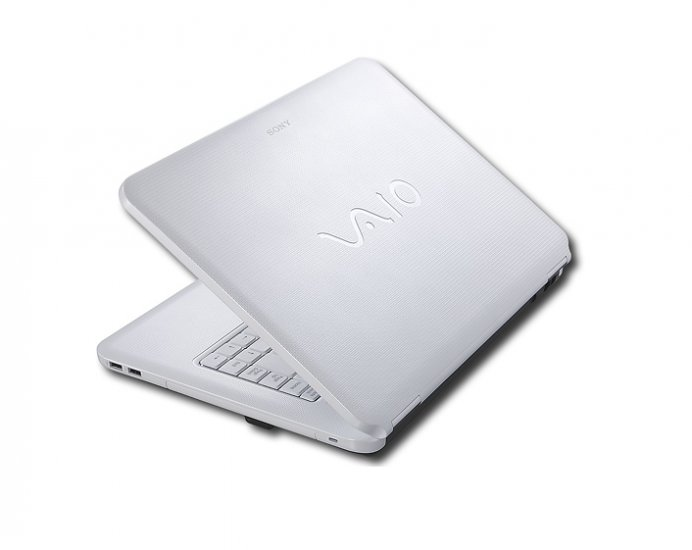 Sony - VAIO Laptop with Intel® Centrino® / 3GB DDR2 / 250GB HD - Silk White