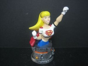 SUPERGIRL- JUSTICE LEAGUE MINI STATUE / PAPERWEIGHT