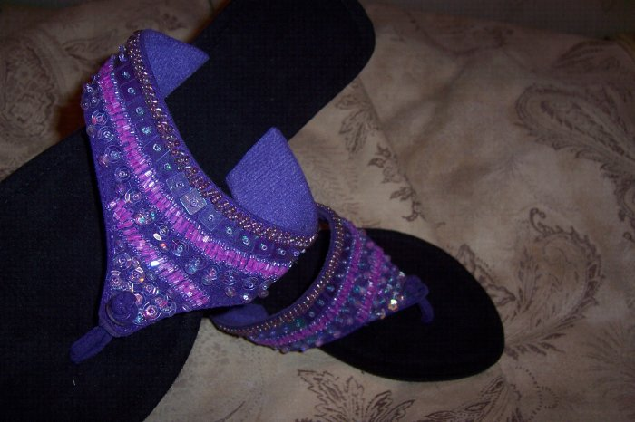 Shades of Purple Sequin Thong Sandals Size 8