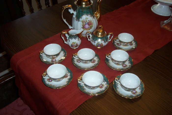 Bavienthal Tea Set