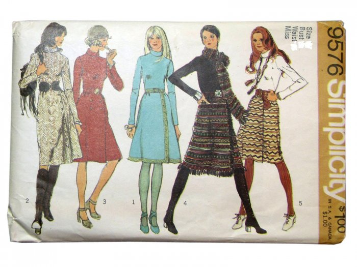 Vintage Simplicity Pattern 9576 dress with wrap skirt