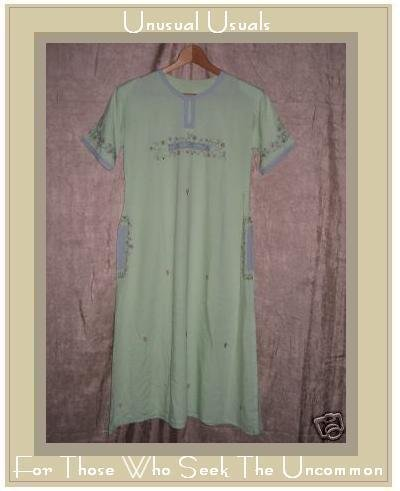 Fabulous Vintage Tunic Dress w Floral Embroidery 60's M