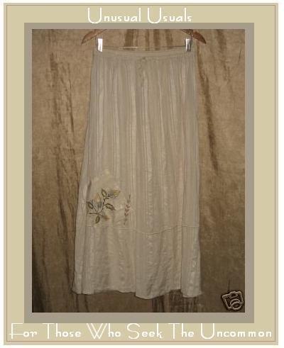 Papillon Soft Cream A-Line Skirt Long & Full Medium M
