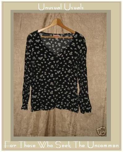 PUTUMAYO Black & White Roses Tunic Top Button Shirt Medium M