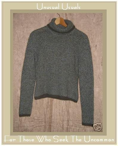 TILT Soft Green Wool Blend TurtleNeck Sweater Medium M