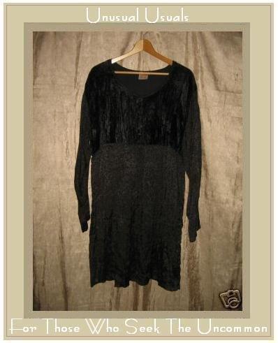Parsely & Sage Boutique Black Floral Velvet Babydoll Dress Medium M