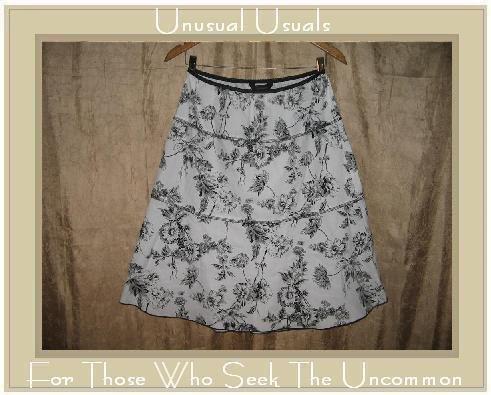 Speckless Full Fluttery Black & White Floral Skirt Large L