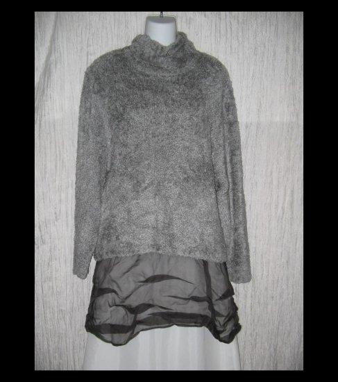 Kiko Soft Furry Gray Knit Turtleneck Tunic Sweater Medium Petite MP