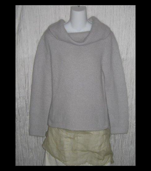 CYRUS Soft Wispy Gray Lambs Wool Turtleneck Tunic Sweater L XL