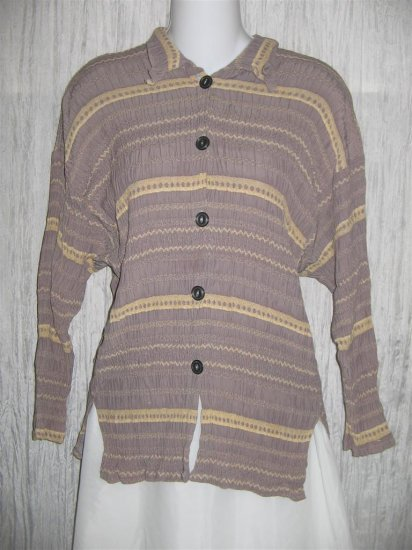 Jackie Loves John Boutique Smokey Lavender Button Top Shirt OS