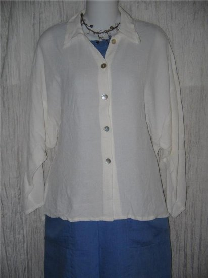 New JACKIE LOVES JOHN Textured White Blouse Tunic Top Shirt  Medium M
