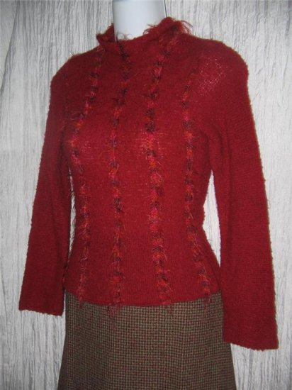Fureria Soft Wispy Red Shapely Pullover Sweater Size 10 / 12