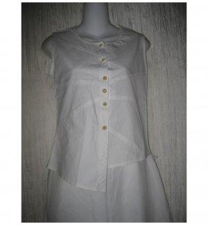 Neesh by D.A.R. Asymmetrical Shapely White Cotton Button Shirt Top Small S