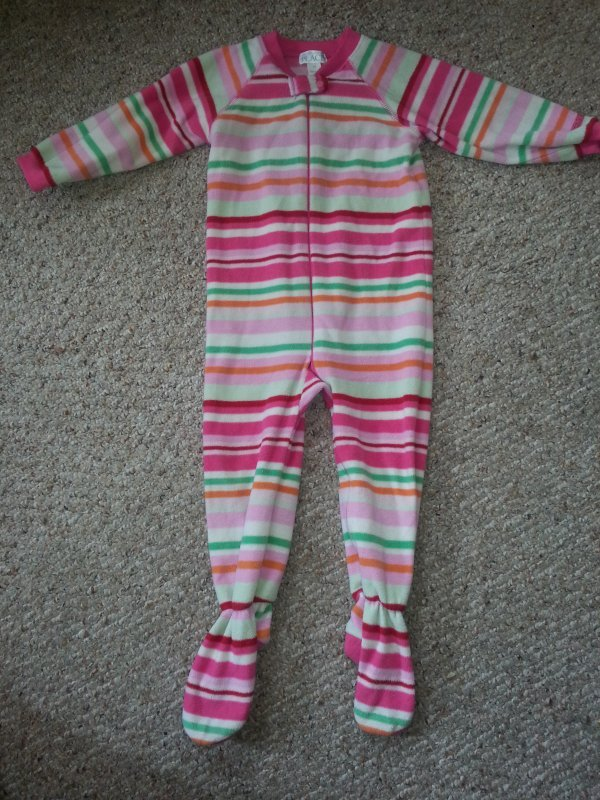 THE CHILDREN�S PLACE Pink Striped Fleece Blanket Sleeper Girls Size 3T