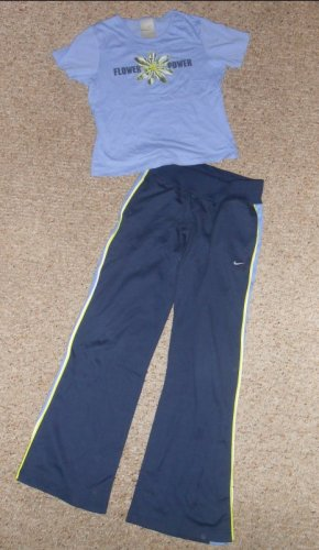 NIKE Blue Short Sleeved Top Navy Athletic Pants Outfit Girls Size 14 L