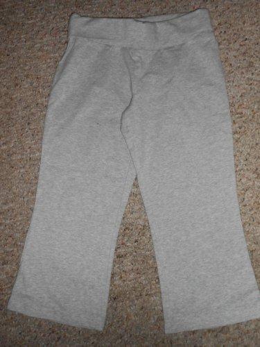 OLD NAVY Gray Fold over Capri Yoga Pants Leggings Girls Size 10 M