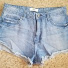 FOREVER 21 Distressed Denim Jeans Short Shorts Juniors Size 28 (approx size 7-9)