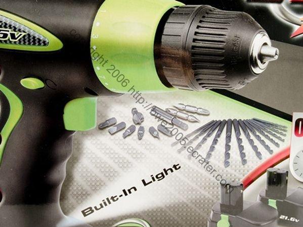 Cordless Kawasaki 21.6 volt Drill w 2 Fast Charge Batteries Accessories Storage case NIB
