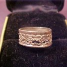 VINTAGE STERLING BAND RING ART DECO