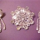 VINTAGE STUNNING CLUSTER CRYSTAL BROOCH & CLIP EARRINGS