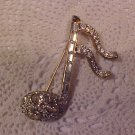 BEAUTIFUL GOLD TONE RHINESTONE MUSIC SYMBOL BROOCH
