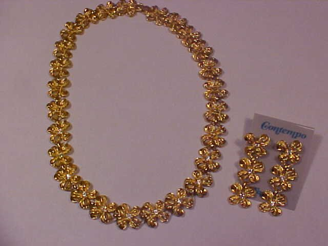 BEAUTIFUL GOLD TONE RHINESTONE NECKLACE & EARRING SET