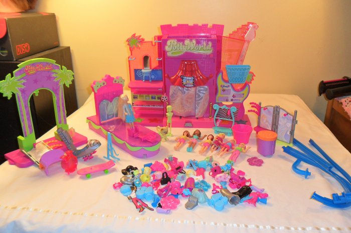 Polly World Amusement Park Stage Boutique Cafe Set