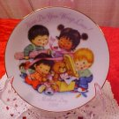 1992 AVON HOW DO YOU WRAP LOVE MOTHER'S DAY PLATE