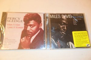 Lot of 2 CDs Miles Davis and Percy Sledge