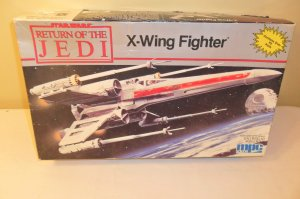1983 Star Wars Return of the Jedi X-Wing Fighter Original Vintage Model Kit