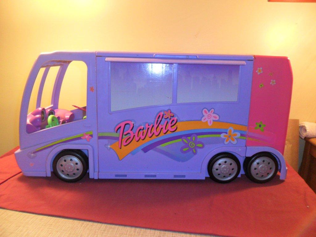 Barbie Tour Bus