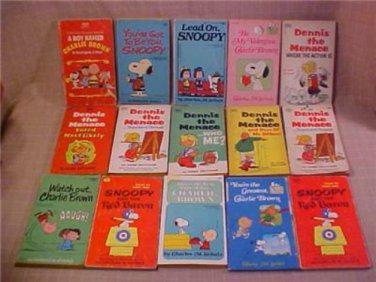 15 CHARLIE BROWN & DENNIS THE MENACE PAPERBACK BOOK
