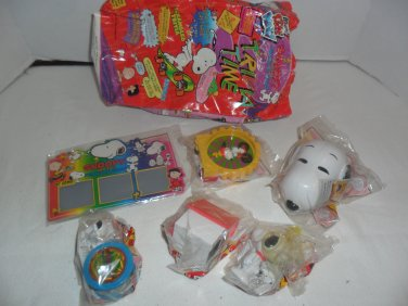 1998 SNOOPY and the PEANUTS GANG Complete SET  by Wendy's NIP