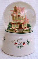Pfaltzgraff Winterberry 2000 Musical Snow Globe pleasuresntreasures