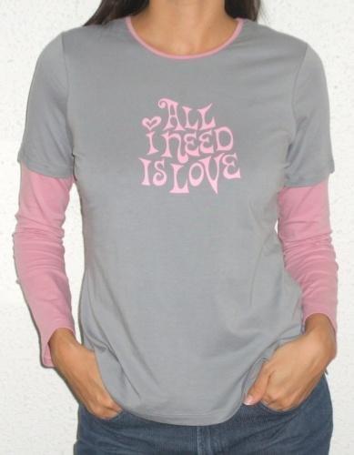 �All I need is Love� tee (grey/pink)