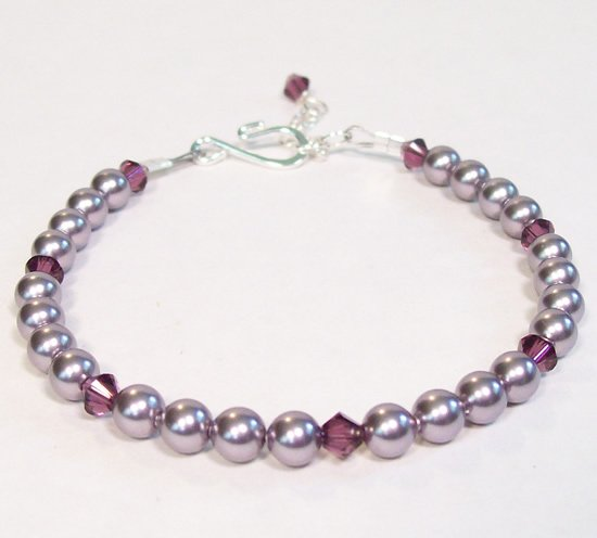Amethyst Crystal and Mauve Pearl Bracelet - Wedding Jewelry - Bridesmaid