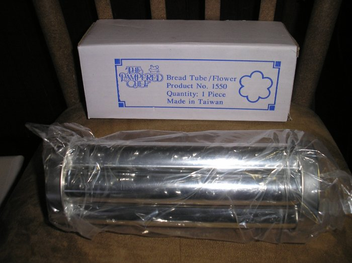 Pampered chef bread tube flower shaped 1550 brand new for Canape bread tubes