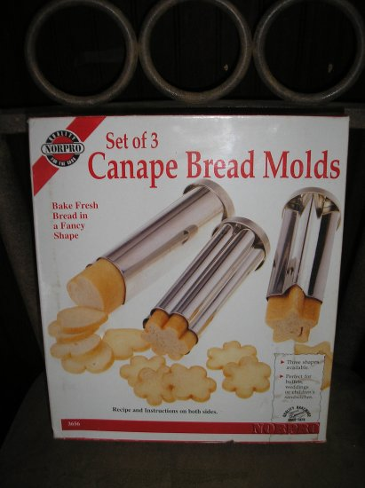 NORPRO CANAPE BREAD MOLD PANS - SET OF THREE - HEART, STAR & FLOWER - BRAND NEW!