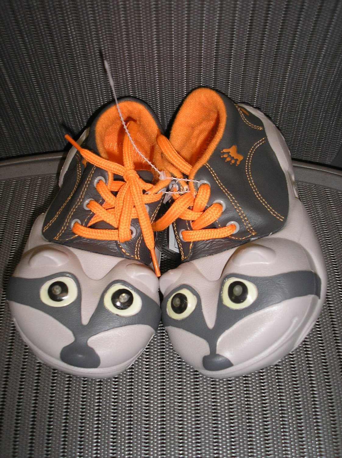 """POLLIWALKS KIDS """"TOYS FOR FEET"""" RACCOON STRETCH LACE OXFORD with LEATHER UPPER -SIZE 10 -BRAND NEW!"""