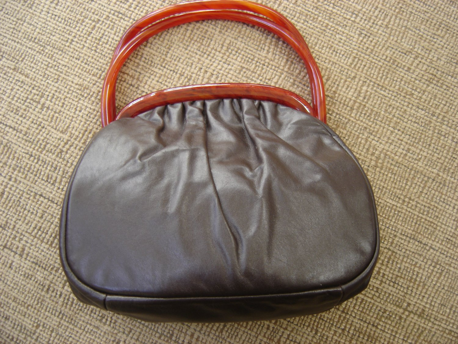 VINTAGE ETRA BROWN LEATHER PURSE with LUCITE TORTOISE HANDLES Circa 1960!