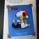 HALLMARK KEEPSAKE LITERARY ACE SPOTLIGHT ON SNOOPY 2002 ORNAMENT!