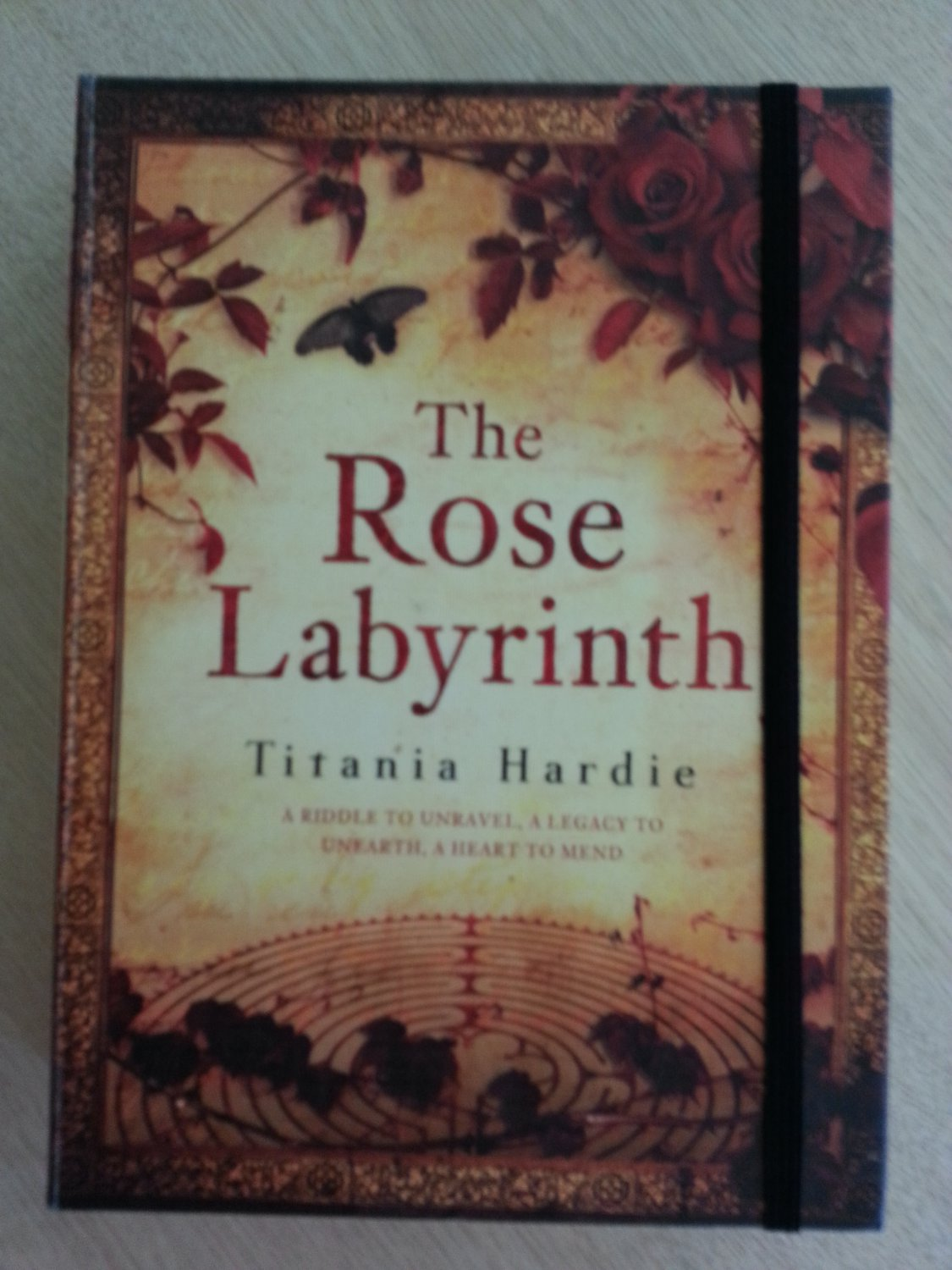 THE ROSE LABYRINTH - Titania Hardie - PART THRILLER, PART HISTORICAL NOVEL, PART TREASURE HUNT!