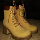 STEVE MADDEN P-HILL NUBUCK Platform Boots - Size 8.5 - GREAT PAIR OF S*KICKERS!