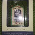 Hallmark Keepsake Family Tree Quilt of Memories Photo Holder Frame Ornament #QEP1307!