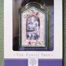Hallmark Keepsake Family Tree Quilt of Memories Photo Holder Frame Ornament #QEP1307!