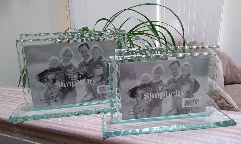 SIMPLICITY Thick HEAVY Glass Bypass TableTop Desktop Picture Photo Frame Set of 2!
